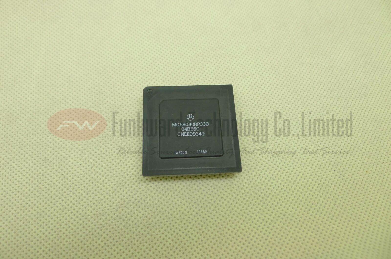 1//5PCS NEW Motorola MC68030RP33B ENHANCED 32-BIT MICROPROCESSOR MC68030RP33