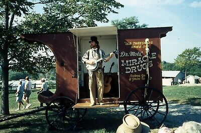 1991 Ektachrome Color Slide Man Banjo Old Wagon Dr Mots Miracle -