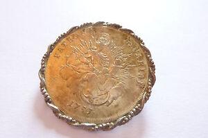 Seltene-sehr-elegante-Biedermeier-Brosche-034-Muenzenbrosche-mt-antiker-Kaisermuenze-034