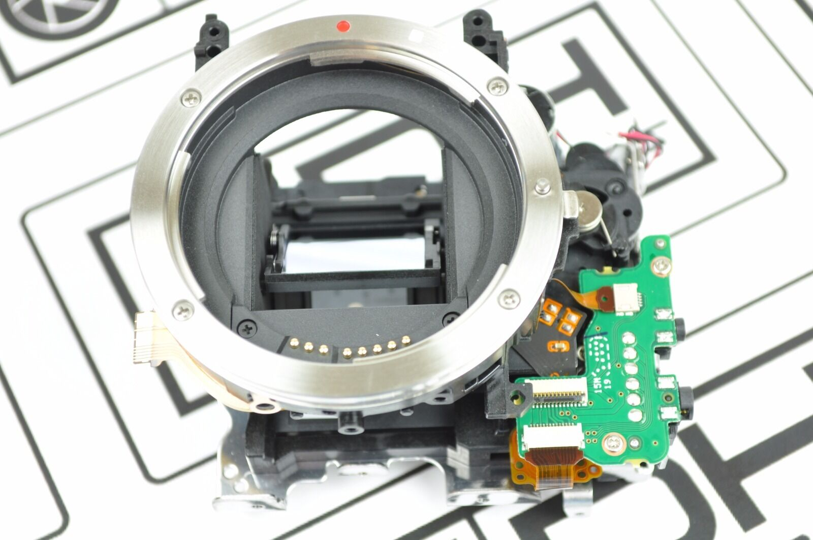 Canon EOS 700D Rebel T5i Mirror Box With Shutter Blade Repla