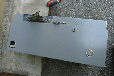 Cutler Hammer A30 3 Phase Knife Switch And Enclosure For Type 0 Starter