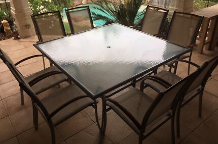 8 Seater Outdoor Table Setting