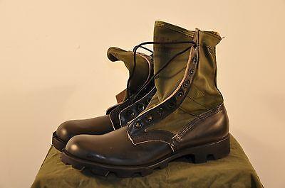Genesco Usgi Jungle Boots   14 Xn    1968 Dated   Vibram Soles  Unissued