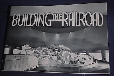 1940 Building the Railroad New York Worlds Fair Brochure