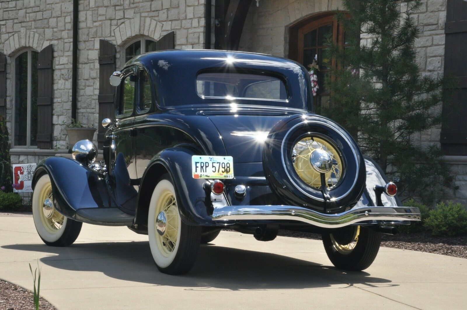 1934 Ford Deluxe Coupe 5k actual miles - no rust ever, nut and bolt restored