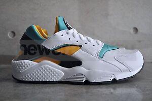 Nike-Air-Huarache-OG-White-Turquoise-White-Sport-Turq-Unvrsty-Gold
