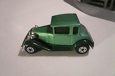 Matchbox Vintage Superfast #73 Model A Ford  White-Green 1979 - clean