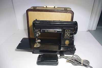 1950s Singer Sewing Machine 301A w/ Case long bed black