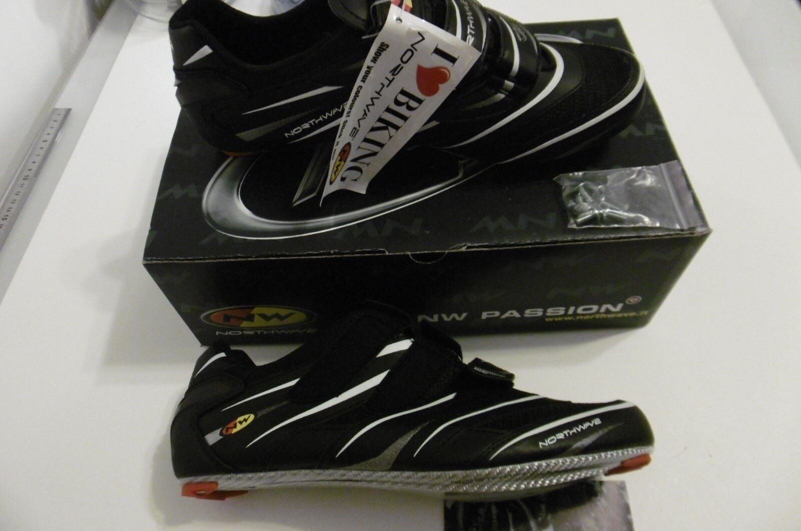 NORTHWAVE Black Shoes Carbon Composite Air Flow System Size 45 New In Box