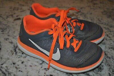 Nike boys Flex Run gray and orange athletic sneakers, size 1Y