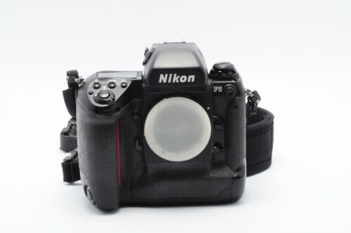 NIKON F5 FILM CAMERA BODY....REALLY CLEAN....WORKS AS INTENDED!