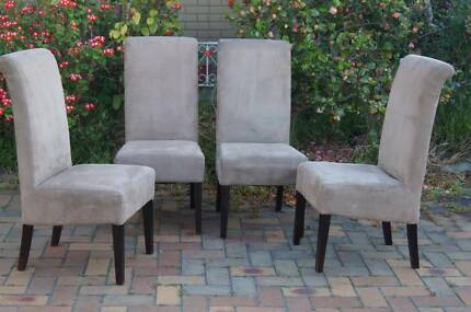 4 Timber Chairs - Dining chairs with comfortable seats
