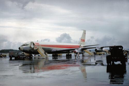 "TWA Boeing 707  ((16""x20"")) Print"