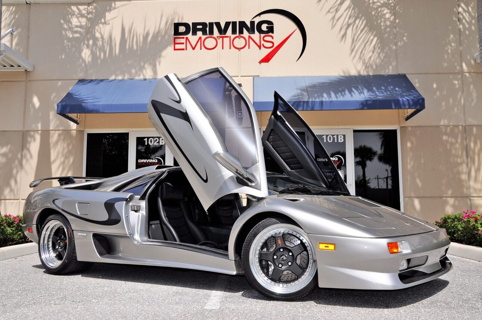 1998 LAMBORGHINI DIABLO SV! TITANIUM/BLACK! CARBON WING! LOW MILES! COLLECTOR!!
