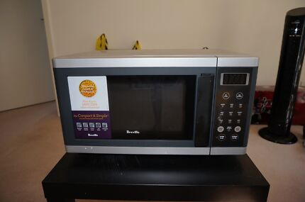 Microwave+Raclette+Wine Glasses+Cutlery set ++ (MOVING OVERSEAS!) Ryde Area Preview