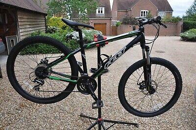 """Felt boy's mountain bike 26"""" wheels"""