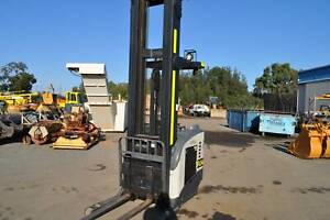CROWN STAND UP REACH LIFT ONLY 153 RUNNING HOURS!!!! (FL54) Kewdale Belmont Area Preview