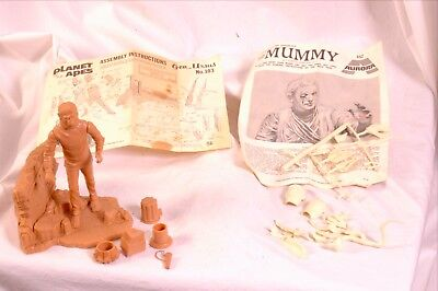 Aurora model kit Mummy pieces Addar model kit Planet of the apes vintage73 as is
