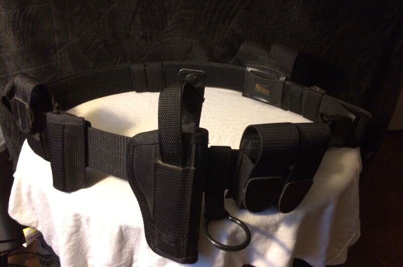 Gould & Goodrich 2XL Phoenix Series Tactical Belt With Gun Holster & Accesories