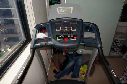 Treadmill Perfect Condition - Almost New (MOVING OVERSEAS!) Ryde Area Preview