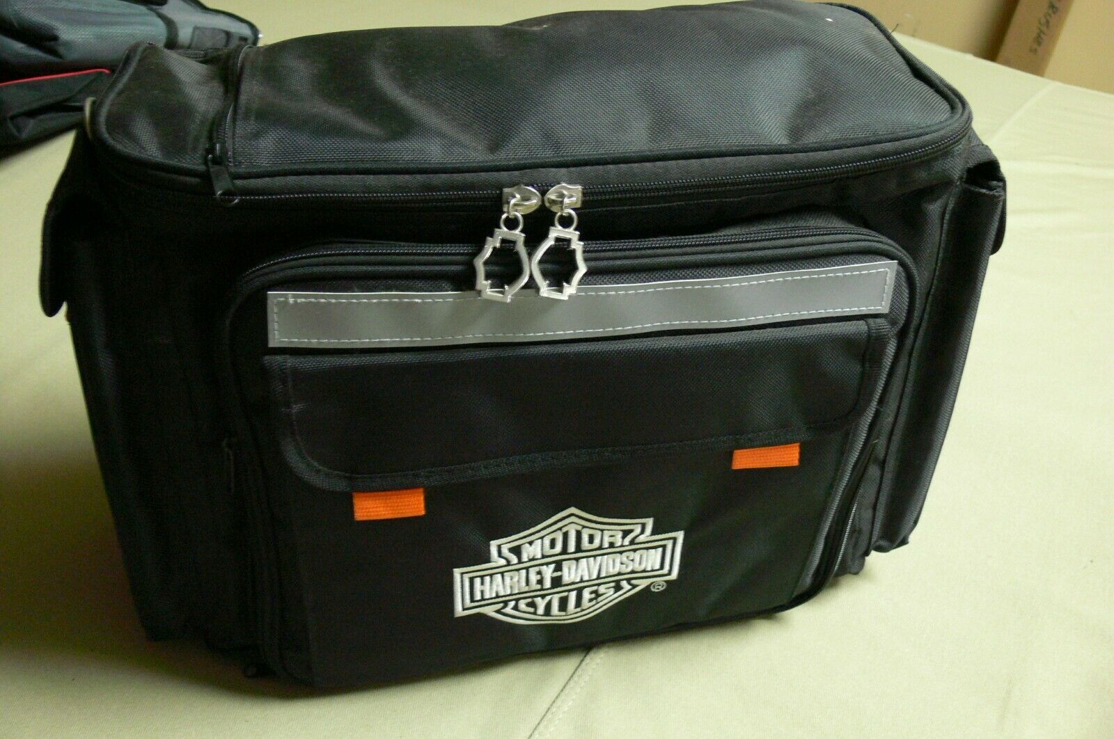 NEW! HARLEY DAVIDSON BLK Insulated Cooler Biker Saddlebag Tr