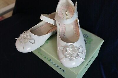 White Dress Pink Shoes (#335 NEW TODDLER GIRL DRESS SHOES SHINY Pink/Blue/White 4-6 Years Old)