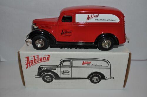 Ertl Bank Ashland Oil Company 1938 Chevy Panel Truck - 1993 - New in Box