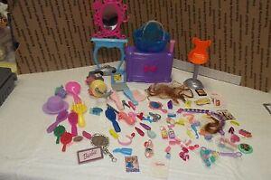 Mattel Barbie  Beauty Hair Salon Vanity with Accessories  85 pieces