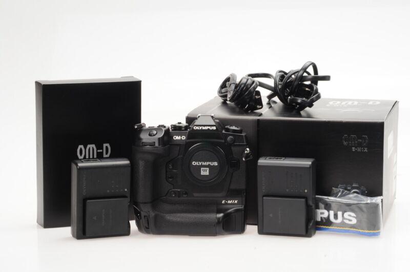 Olympus OM-D E-M1X Mirrorless Digital Camera                                #817