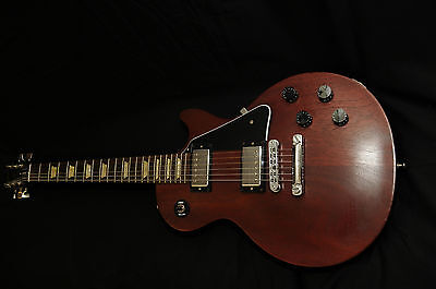 GIBSON LES PAUL STUDIO FADED  BROWN WITH NEW AMP AND NEW PEDAL on Rummage