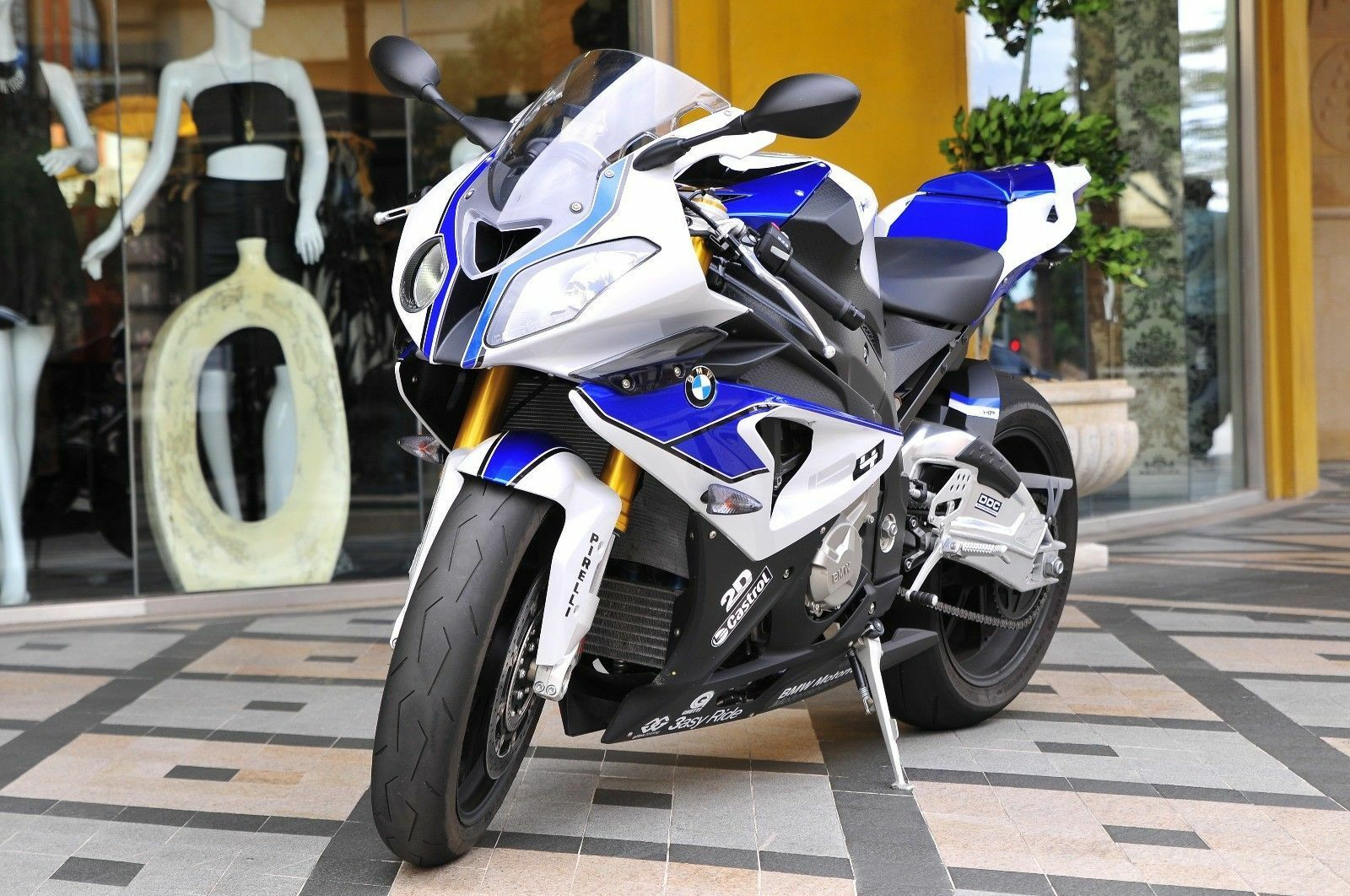 2011 BMW S1000RR  2013 BMW S1000rr *** HP4 *** High performance collectible rare super bike
