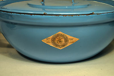 Vintage (Paper Label) Best Enameled Hollow Ware Cooking Pan Handle Bowl