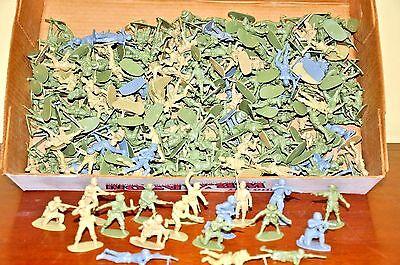 250 Airfix 1:32 Vintage Plastic Soldiers, British, Japanese, US, Russian
