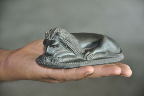 Old Black Stone Unique Solid Handcrafted Lion Crafted Engraved Paper Weight