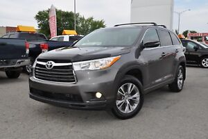 2015 Toyota Highlander LE,awd,mags