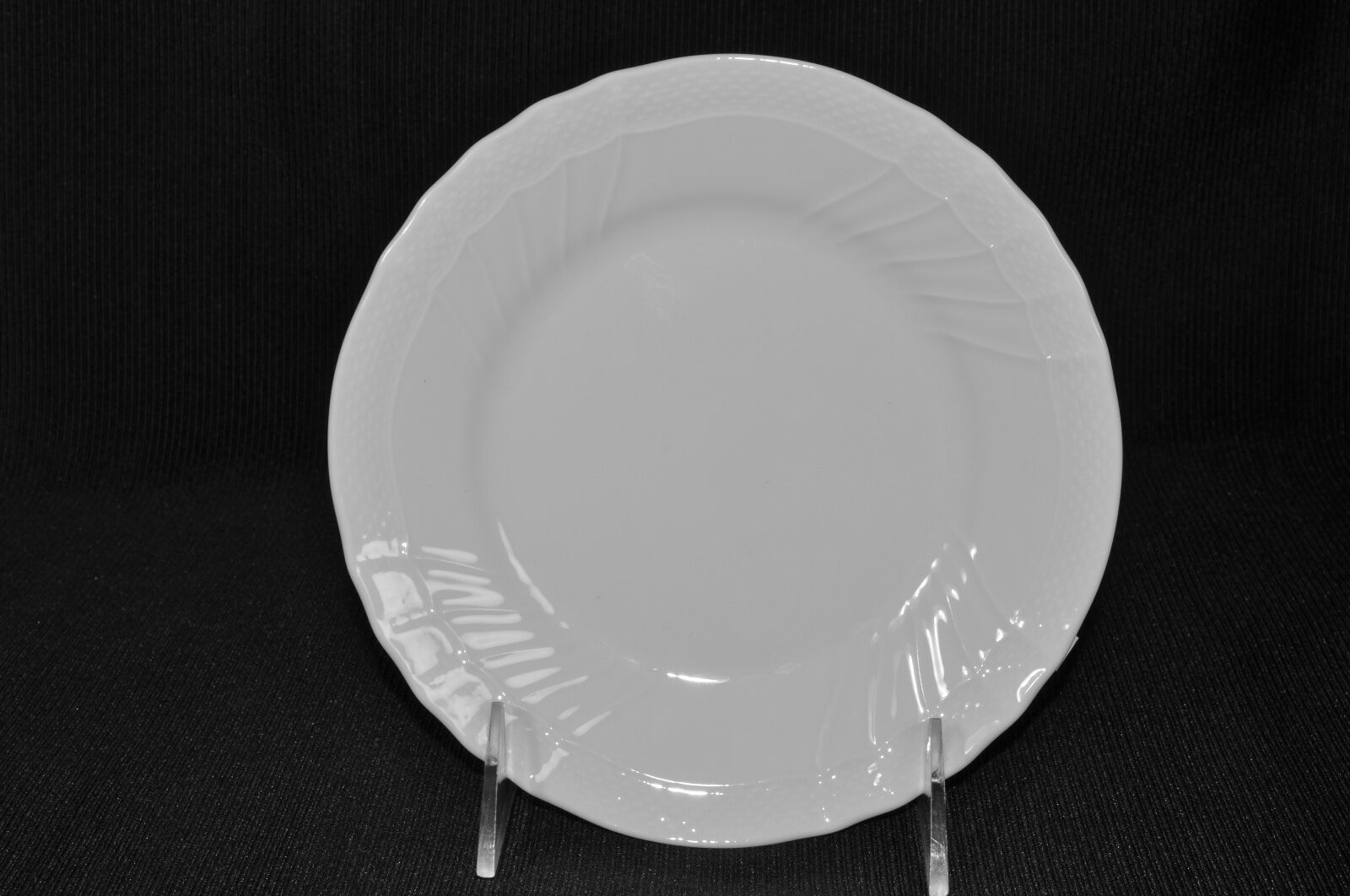"как выглядит Richard Ginori Vecchio Bianco White Bread Butter Plates Round 6.75"" Set/6 New фото"