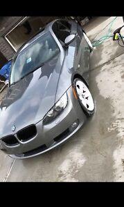 2007 BMW 335i 6 speed sports package (2 door)