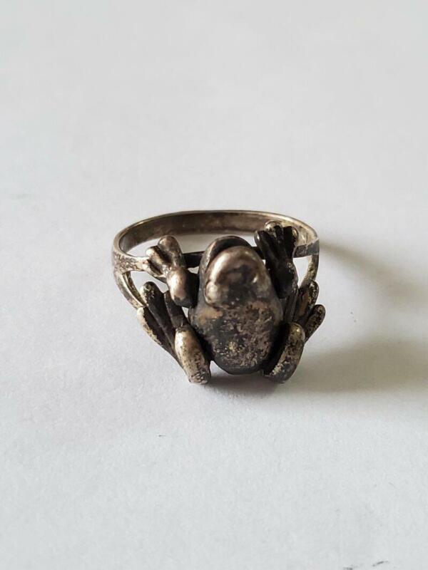 Vintage Sterling Movable Frog Ring SZ 6.25