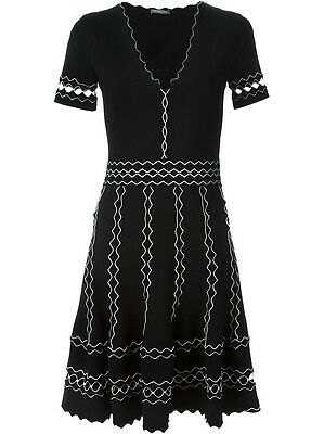 New Alexander McQueen Black and White Wavy Knit Dress NWT Size M Retails $2500 +