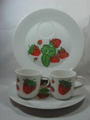 - 2 Sets Georges Briard Strawberry Round Snack Luncheon Plate w Mug Cup Porcelain