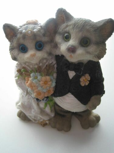 """Bride & Groom """"The Happy Couple"""" Anthropomorphic Wedding Cats Figurine"""