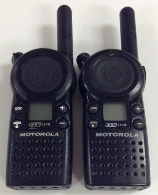 Motorola Cls1110 5-mile 1-channel Uhf 2-way Radio Great Condition Lot Of 2