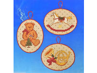 Dimensions Counted Gold Cross Stitch Kit Ornaments Christmas Village  D08785