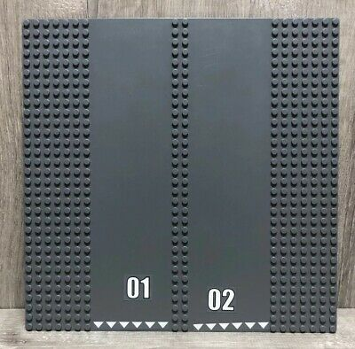 Lego Light Gray Baseplate 3947 Raised 32x32 Crater Plate without Crater Studs