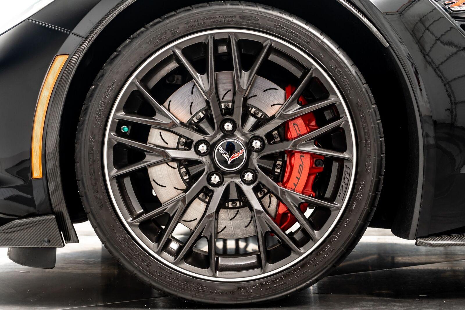 2015 Black Chevrolet Corvette Z06 3LZ   C7 Corvette Photo 9