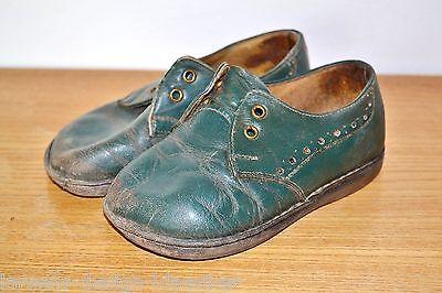 alte Kinder Schuhe Kinderschuhe Dunkelgrün Leder Halbschuhe Babyschuhe Shabby