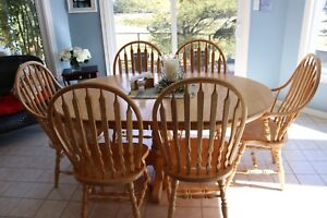 Solid oak Mennonite table and chairs