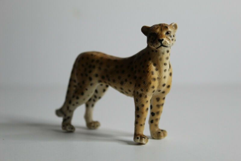 Schleich Female CHEETAH Female Adult 14143 Wildlife Animal Figure Retired 1997