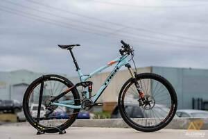 Trek Fuel Ex 9.8 Medium Carbon Dual Suspension Mountain Bike