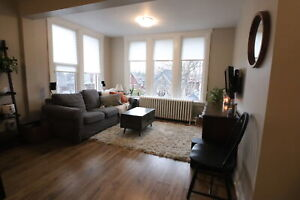 **BEAUTIFUL VICTORIAN 1 Bedroom at the BLAKE HOUSE **46B6